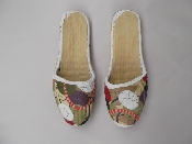 http://w.ahfabrics.com/images/inspiration/Painted-Slippers-500x3757278.jpg